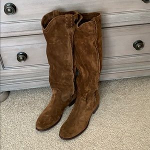 Beautiful soft suede Frye boots NWT pull-on boots
